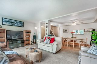 """Photo 14: 8122 FOREST GROVE Drive in Burnaby: Forest Hills BN Townhouse for sale in """"THE HENLEY ESTATES"""" (Burnaby North)  : MLS®# R2288283"""