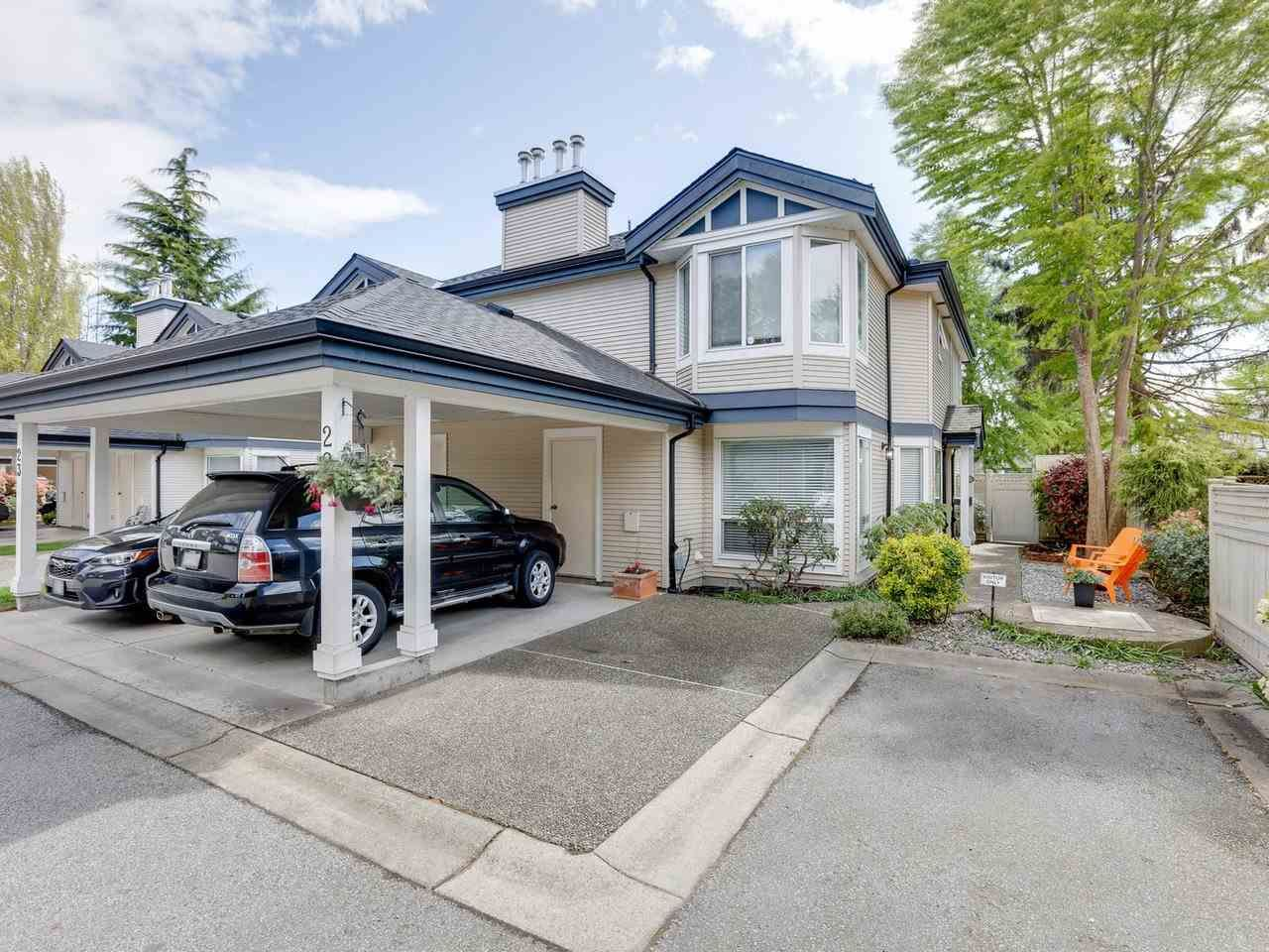 """Main Photo: 22 4748 54A Street in Delta: Delta Manor Townhouse for sale in """"ROSEWOOD"""" (Ladner)  : MLS®# R2452528"""