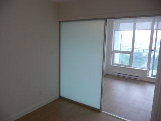 Photo 12: 2011 13696 100 AVENUE in Surrey: Whalley Condo for sale (North Surrey)  : MLS®# R2205749