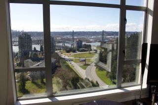 """Photo 11: 2005 280 ROSS Drive in New Westminster: Fraserview NW Condo for sale in """"THE CARLYLE ON VICTORIA HILL"""" : MLS®# R2563720"""