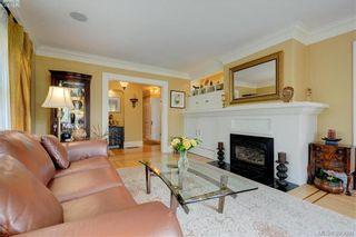 Photo 3: 1007 St. Louis St in VICTORIA: OB South Oak Bay House for sale (Oak Bay)  : MLS®# 797485