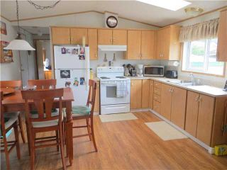 """Photo 5: 30 39768 GOVERNMENT Road in Squamish: Northyards Manufactured Home for sale in """"THREE RIVERS MOBILE HOME PARK"""" : MLS®# V1124602"""