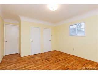 Photo 11: 515 Broadway St in VICTORIA: SW Glanford House for sale (Saanich West)  : MLS®# 712844