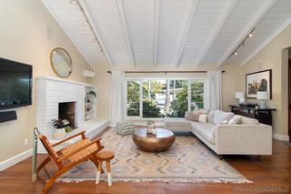 Photo 7: POINT LOMA House for sale : 3 bedrooms : 858 Moana Dr in San Diego