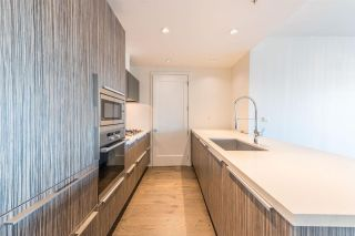 """Photo 12: 506 181 W 1ST Avenue in Vancouver: False Creek Condo for sale in """"Brook - The Village on False Creek"""" (Vancouver West)  : MLS®# R2528507"""