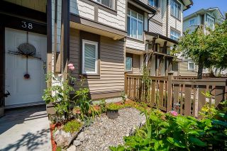 """Photo 23: 38 19433 68 Avenue in Surrey: Clayton Townhouse for sale in """"THE GROVE"""" (Cloverdale)  : MLS®# R2601780"""