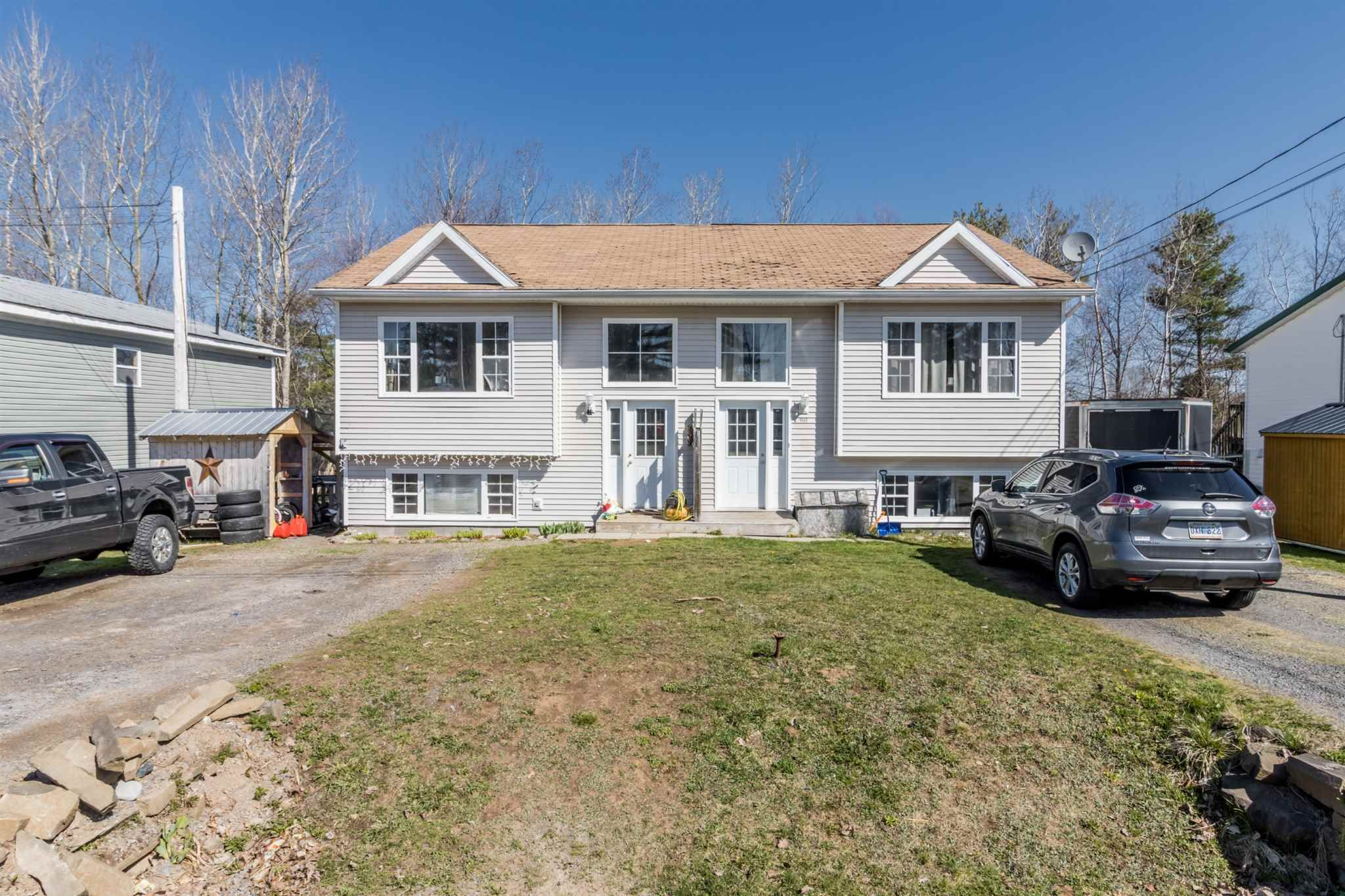Main Photo: 992 & 994 Dakota Lane in Greenwood: 404-Kings County Multi-Family for sale (Annapolis Valley)  : MLS®# 202109476