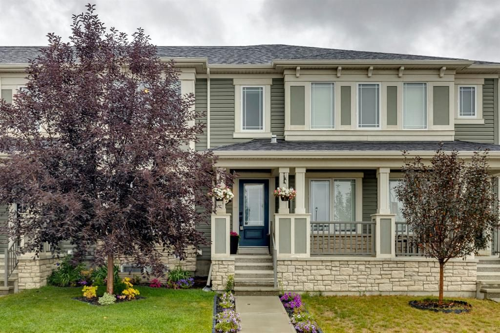 Main Photo: 102 Windford Crescent SW: Airdrie Row/Townhouse for sale : MLS®# A1139546