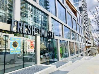 "Photo 36: 1102 1501 HOWE Street in Vancouver: Yaletown Condo for sale in ""888 BEACH"" (Vancouver West)  : MLS®# R2554101"