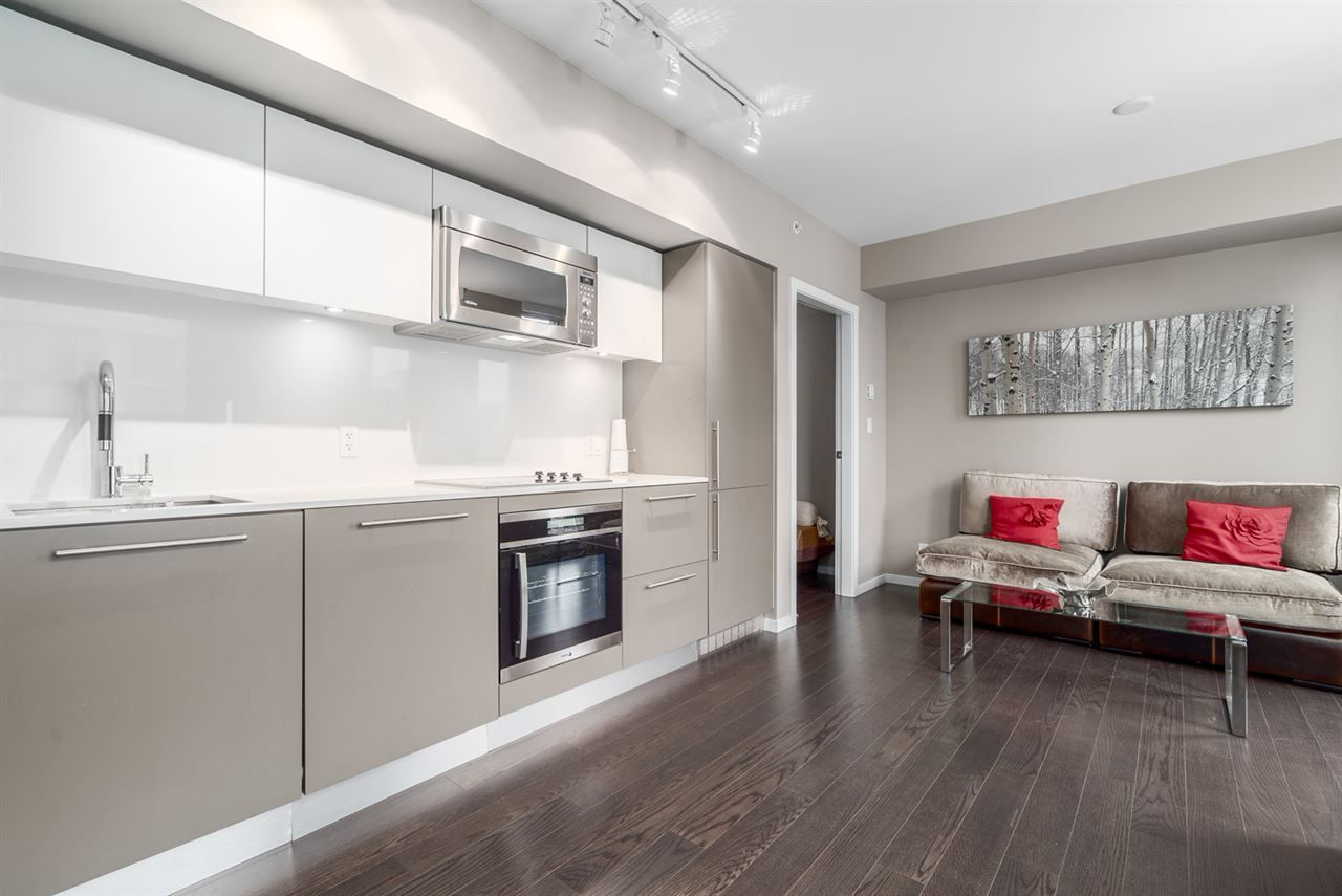 """Main Photo: 2301 999 SEYMOUR Street in Vancouver: Downtown VW Condo for sale in """"999 Seymour"""" (Vancouver West)  : MLS®# R2080555"""