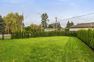 """Photo 21: 4870 214A Street in Langley: Murrayville House for sale in """"MURRAYVILLE"""" : MLS®# R2215850"""