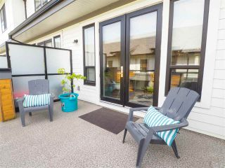 """Photo 10: 60 1188 MAIN Street in Squamish: Downtown SQ Townhouse for sale in """"Soleil at Coastal Village"""" : MLS®# R2467472"""