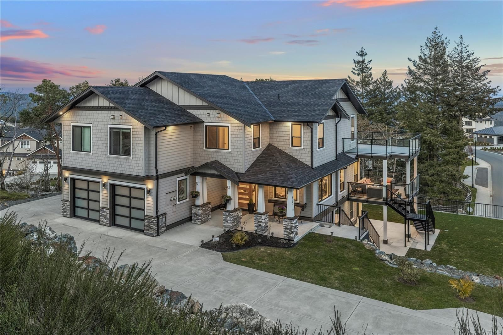 Main Photo: 1414 Grand Forest Close in : La Bear Mountain House for sale (Langford)  : MLS®# 871984