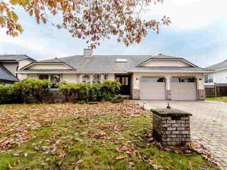 Photo 1: 15676 94A Avenue in Surrey: Fleetwood Tynehead House for sale : MLS®# R2416353