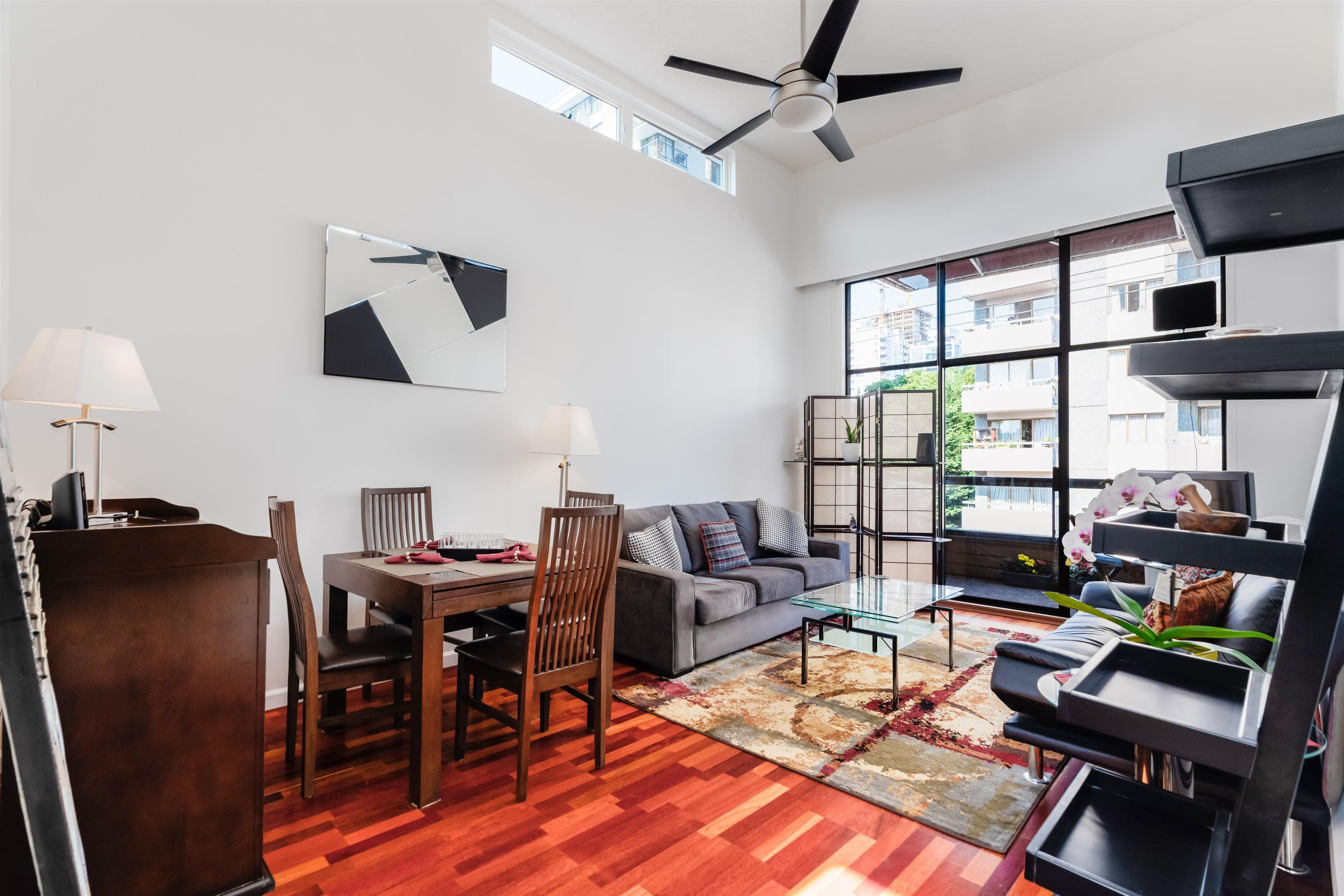 """Main Photo: PH4 1435 NELSON Street in Vancouver: West End VW Condo for sale in """"WESTPORT"""" (Vancouver West)  : MLS®# R2615558"""