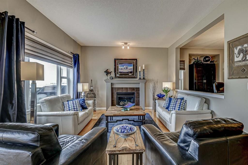 Photo 14: Photos: 66 Everhollow Rise SW in Calgary: Evergreen Detached for sale : MLS®# A1101731