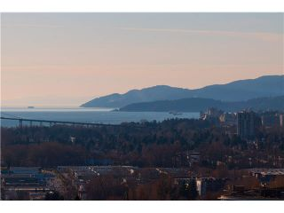Photo 2: 1502 140 E KEITH Road in North Vancouver: Central Lonsdale Condo for sale : MLS®# V1108218