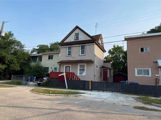 Photo 1: 515 Magnus Avenue in Winnipeg: North End Residential for sale (4A)  : MLS®# 202118984
