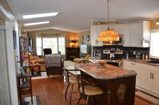 Photo 9: 99 7583 Central Saanich Rd in : CS Hawthorne Manufactured Home for sale (Central Saanich)  : MLS®# 863856
