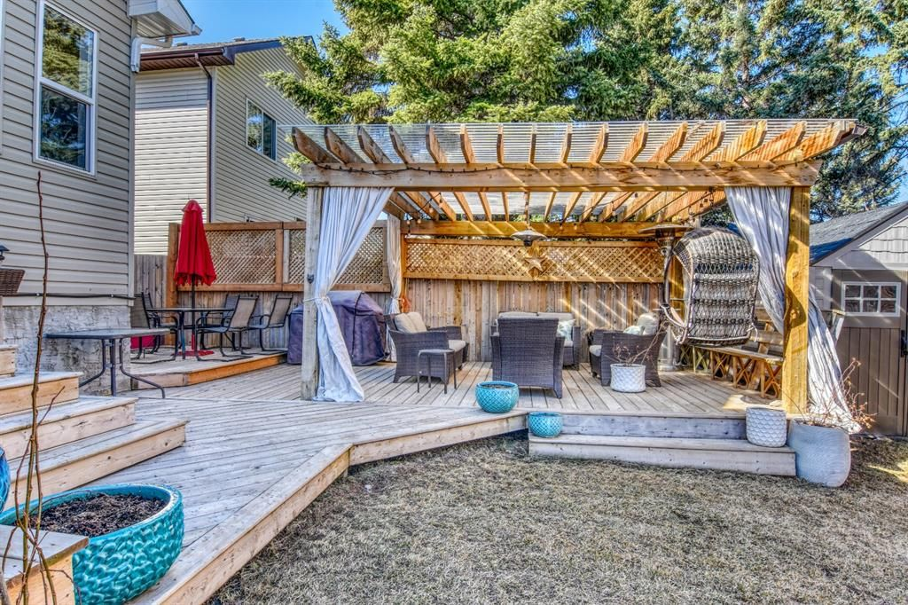 Photo 27: Photos: 66 Bridlerange Circle SW in Calgary: Bridlewood Detached for sale : MLS®# A1099758