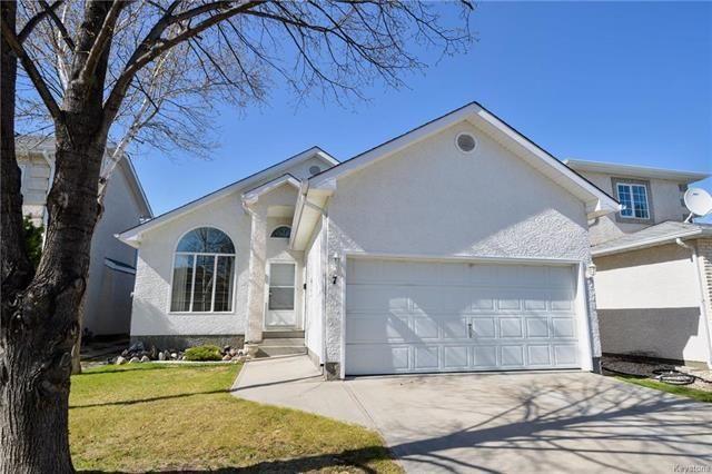 Main Photo: 7 Beaufort Crescent in Winnipeg: Richmond West Residential for sale (1S)  : MLS®# 1815398
