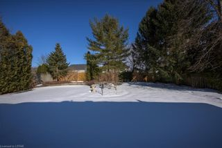 Photo 3: 273 HARTSON Close in London: North O Residential for sale (North)  : MLS®# 40074359