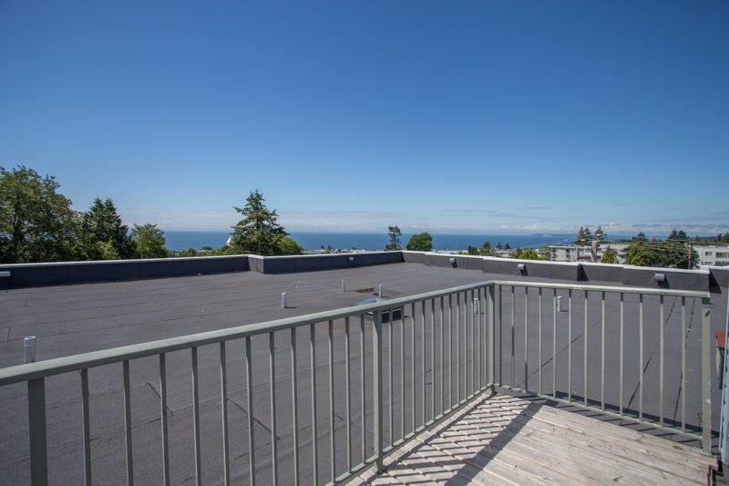 """Photo 16: Photos: 305 1341 GEORGE Street: White Rock Condo for sale in """"OCEANVIEW"""" (South Surrey White Rock)  : MLS®# R2215870"""