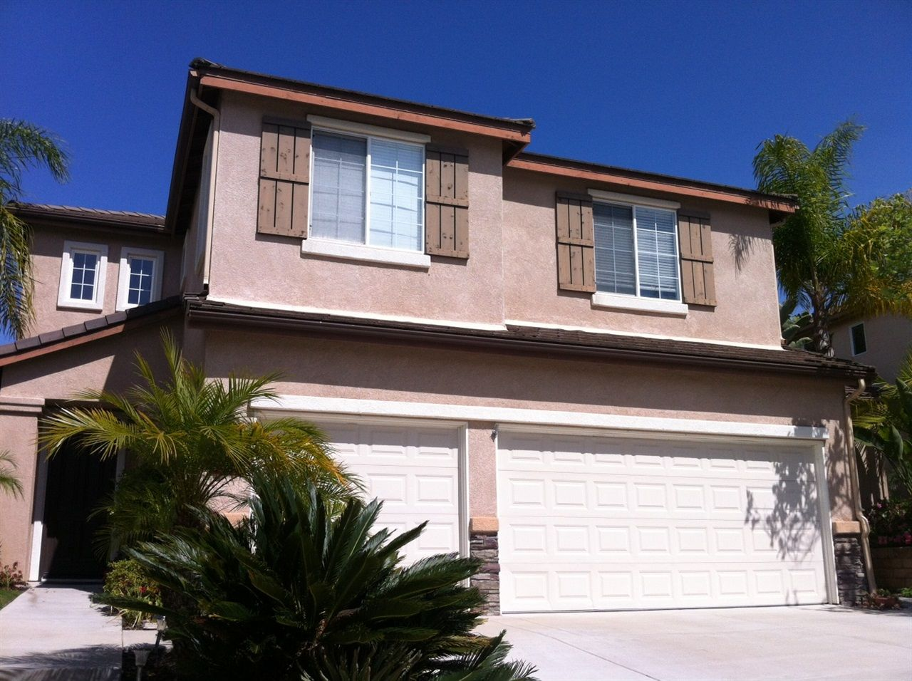 Photo 1: Photos: AVIARA House for sale : 5 bedrooms : 6484 Goldenbush Drive in Carlsbad