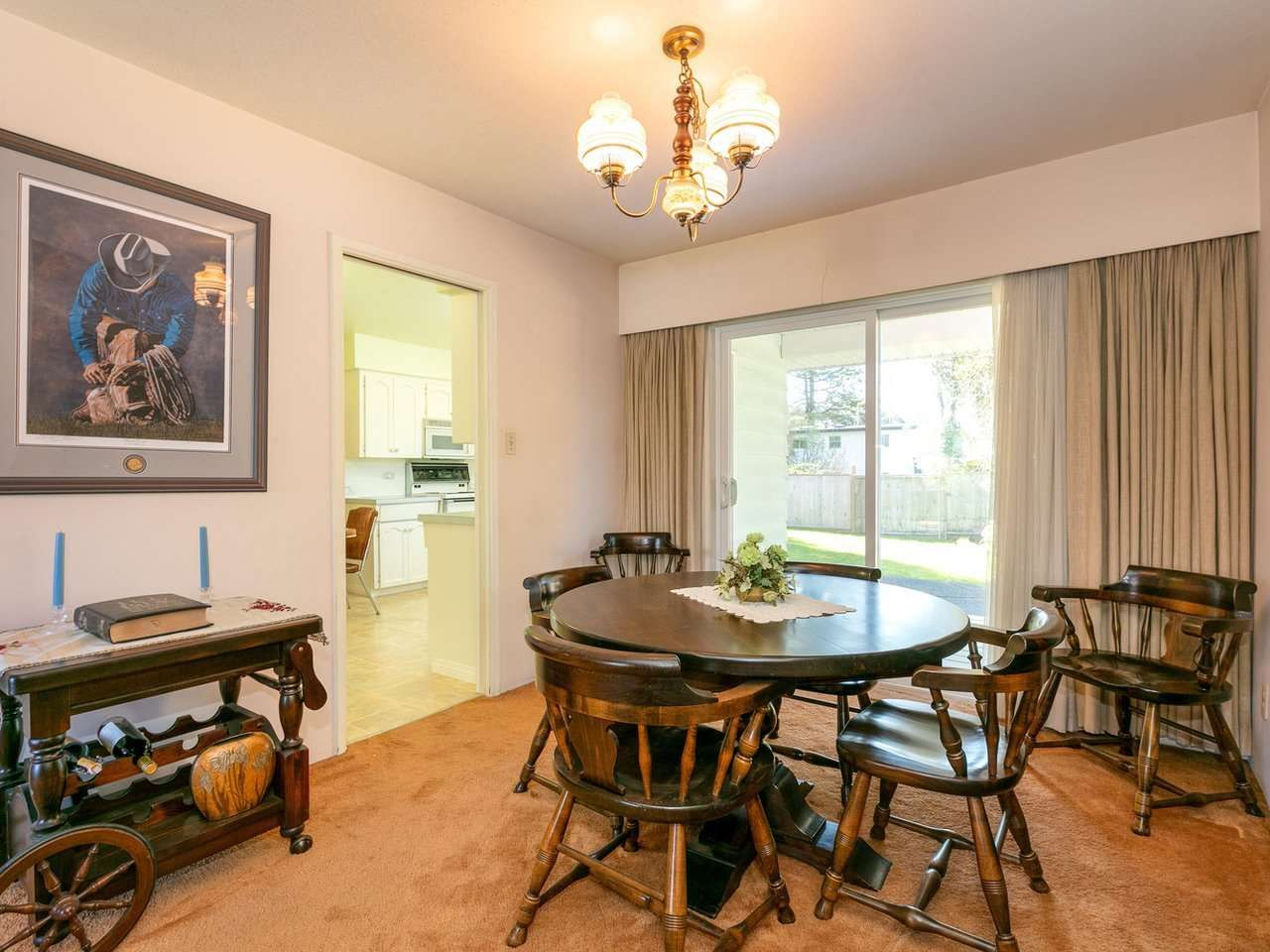Photo 6: Photos: 1422 GROVER Avenue in Coquitlam: Central Coquitlam House for sale : MLS®# R2568207