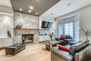 Photo 3: 2425 Erlton Street SW in Calgary: Erlton Row/Townhouse for sale : MLS®# A1086097