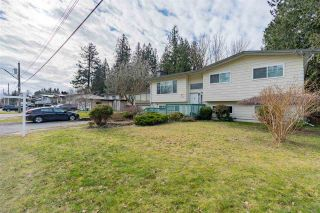 Photo 2: 2177 GUILFORD Drive in Abbotsford: Abbotsford East House for sale : MLS®# R2537775