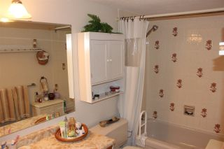 "Photo 13: 210 33490 COTTAGE Lane in Abbotsford: Central Abbotsford Condo for sale in ""Cottage Lane"" : MLS®# R2567798"