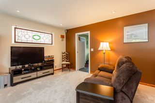 Photo 3: 21710 48A Avenue in Langley: Murrayville House for sale : MLS®# R2399243
