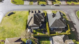 """Photo 38: 3682 CREEKSTONE Drive in Abbotsford: Abbotsford East House for sale in """"Creekstone on the Park"""" : MLS®# R2543578"""