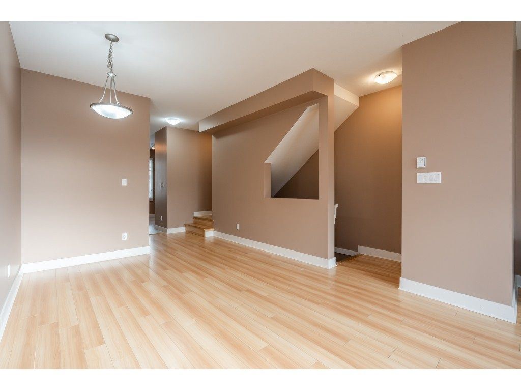 """Photo 13: Photos: 57 13899 LAUREL Drive in Surrey: Whalley Townhouse for sale in """"Emerald Gardens"""" (North Surrey)  : MLS®# R2527402"""