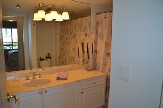 """Photo 9: 229 19528 FRASER Highway in Surrey: Cloverdale BC Condo for sale in """"FAIRMONT"""" (Cloverdale)  : MLS®# R2087979"""