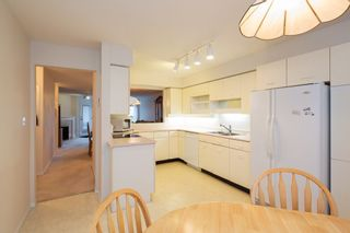 """Photo 2: 226 5695 CHAFFEY Avenue in Burnaby: Central Park BS Condo for sale in """"DURHAM PLACE"""" (Burnaby South)  : MLS®# R2221834"""