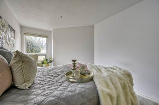 """Photo 15: 212 3638 W BROADWAY in Vancouver: Kitsilano Condo for sale in """"Coral Court"""" (Vancouver West)  : MLS®# R2543062"""