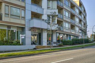 Photo 22: 204 19228 64 Avenue in Surrey: Clayton Condo for sale (Cloverdale)  : MLS®# R2497292