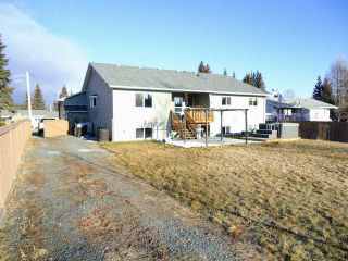 Photo 8: 5772 HEYER Road in Prince George: Haldi House for sale (PG City South (Zone 74))  : MLS®# R2326430
