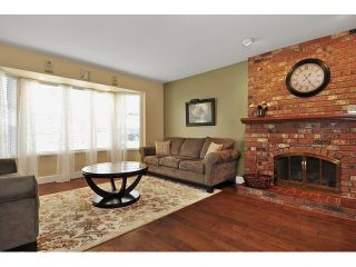 Photo 2: 14760 87A Avenue in Surrey: Bear Creek Green Timbers House for sale : MLS®# F1431665