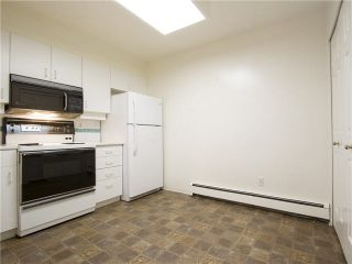 """Photo 10: 21 2130 MARINE Drive in West Vancouver: Dundarave Condo for sale in """"Lincoln Gardens"""" : MLS®# V1115405"""