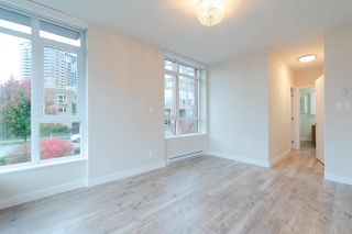 """Photo 14: TH1 2399 SCOTIA Street in Vancouver: Mount Pleasant VE Townhouse for sale in """"SOCIAL"""" (Vancouver East)  : MLS®# R2350537"""