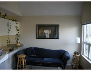 """Photo 3: 10 1350 W 6TH Avenue in Vancouver: Fairview VW Townhouse for sale in """"PEPPER RIDGE"""" (Vancouver West)  : MLS®# V752874"""