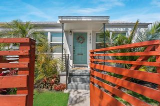 Photo 7: PACIFIC BEACH House for sale : 2 bedrooms : 4286 Fanuel St