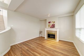 """Photo 5: 414 1485 PARKWAY Boulevard in Coquitlam: Westwood Plateau Townhouse for sale in """"Silver Oaks by Polygon"""" : MLS®# R2435122"""