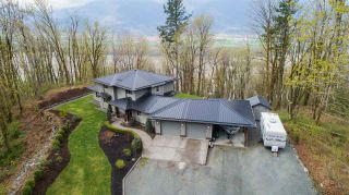 Photo 8: 43207 SALMONBERRY Drive in Chilliwack: Chilliwack Mountain House for sale : MLS®# R2529009