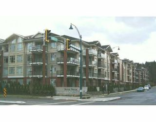 "Photo 1: # 402 - 100 Capilano Road in Port Moody: Port Moody Centre Condo for sale in ""SUTER BROOK"" : MLS®# V579905"