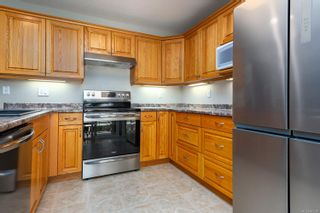 Photo 11: 2496 E 9th St in : CV Courtenay East House for sale (Comox Valley)  : MLS®# 883278