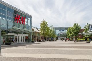 """Photo 36: 406 1190 EASTWOOD Street in Coquitlam: North Coquitlam Condo for sale in """"LAKESIDE TERRACE"""" : MLS®# R2491476"""